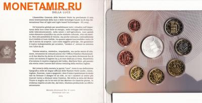 Сан-Марино 13,88 евро 2015.Годовой набор евро.Всемирный год света.(Буклет. 9 монет).Арт.000100050850/60 (фото, вид 2)