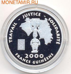 Идол. Гвинея 2000 франков 2002. (фото)