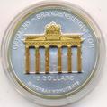 Бранденбургские ворота. Науру 10 долларов 2002.